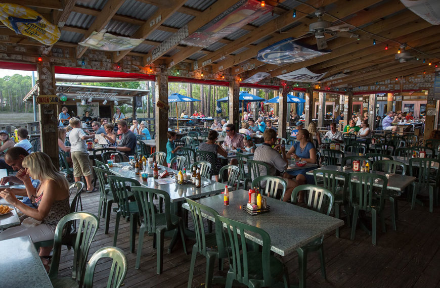 Hammerhead's Bar & Grille in Destin, FL